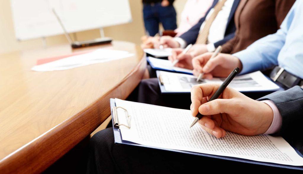 """Ilustracja do informacji: """"Postaw na rozwój swojej firmy - refundacja szkoleń i doradztwa oraz pożyczki unijne dla MŚP"""""""