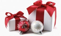 Ilustracja do informacji: Świąteczny box pełen ozdób
