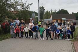 Ilustracja do informacji: Kreatywny eksperyment podczas wizyty w Mikołajkach