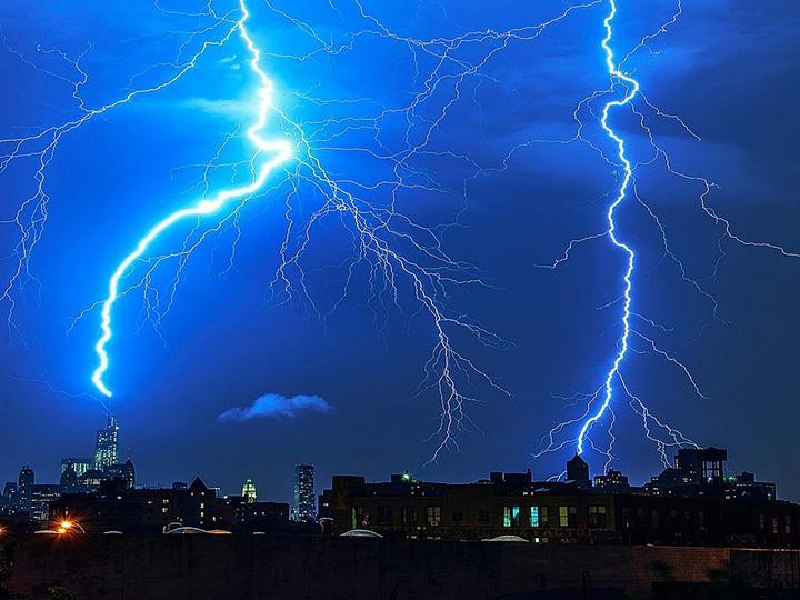 Ilustracja do informacji: Ostrzeżenia przed burzami z gradem